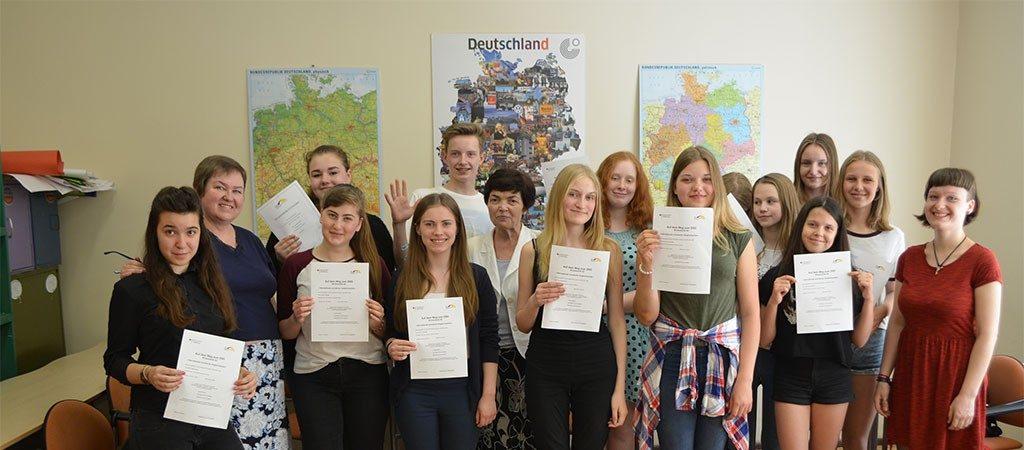 Aštuntokai pirmą kartą mokyklos istorijoje laikė A2 lygio nustatymo patikrinimą vokiečių kalba