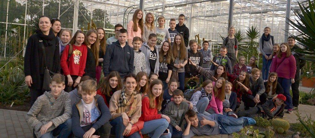 """Lietuvos ir Latvijos mokinių susitikimas Salaspilyje pagal Erasmus+ projektą """"Europos sostinių paslaptys"""""""