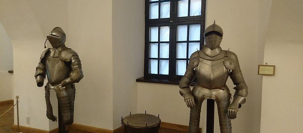 Literatūrinė kelionė po senąsias LDK pilis