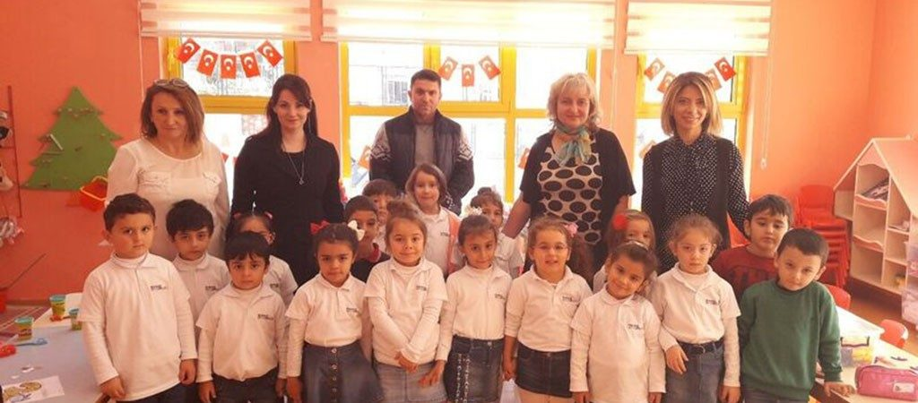 Darbo stebėjimas Yenikent Anadolu Lisesi mokykloje Turkijoje