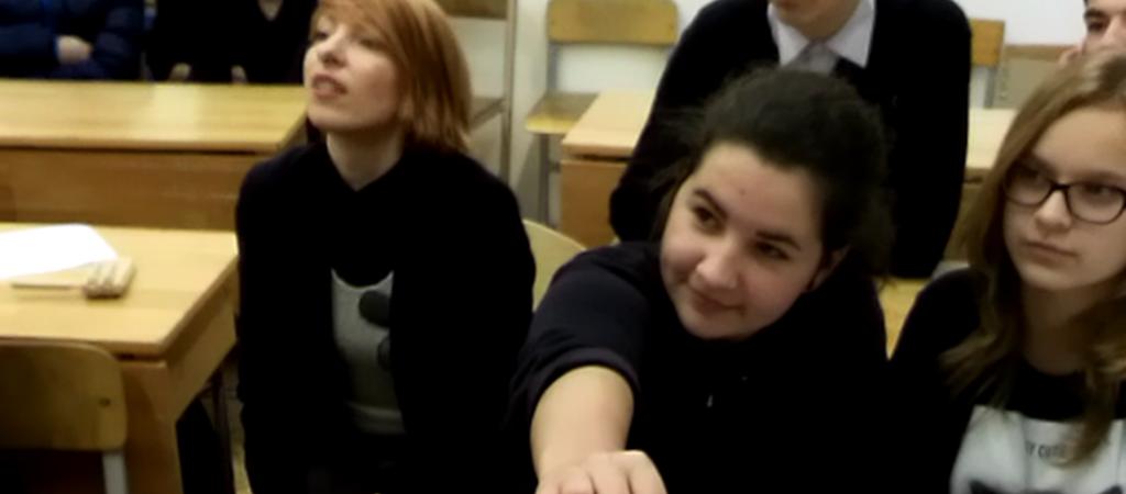 Virtualus pokalbis su draugais iš Latvijos mokyklos