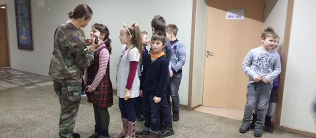 Mokykloje paminėta Lietuvos kariuomenės diena