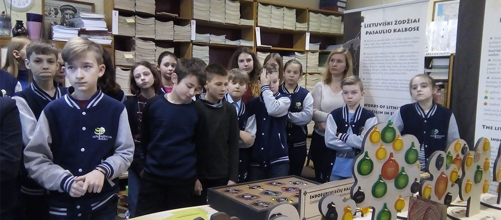 Palietę lietuvių kalbą rankomis