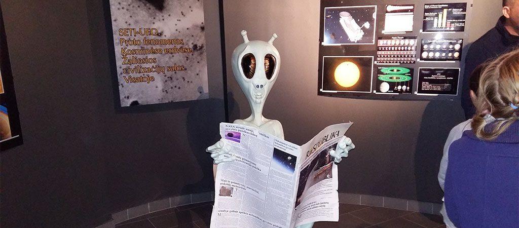 """3b1 klasės ekskursija į Molėtų Etnokosmologijos muziejų ir """"Menišką kaimą"""""""
