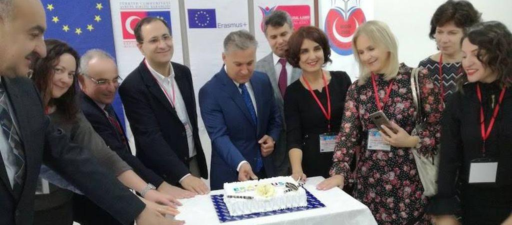 Pirmasis projekto partnerių susitikimas Turkijos mokykloje