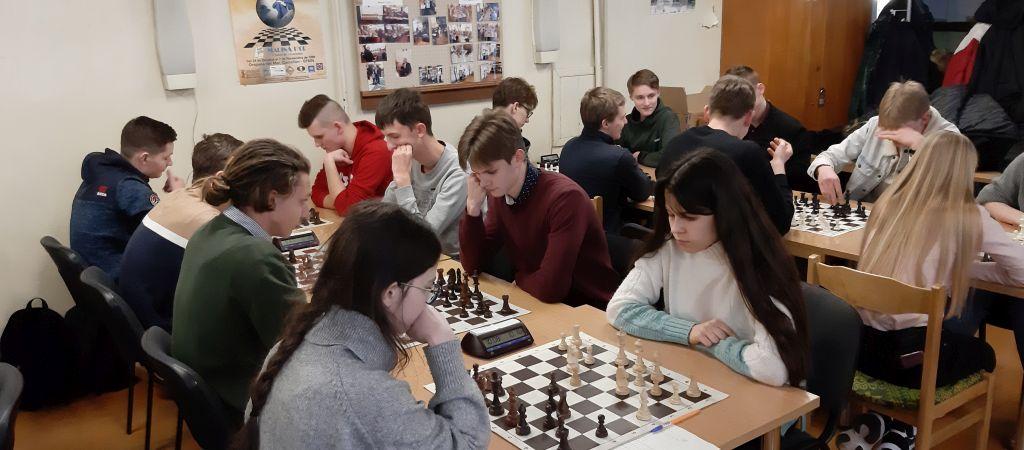 Šachmatų turnyras licėjuje