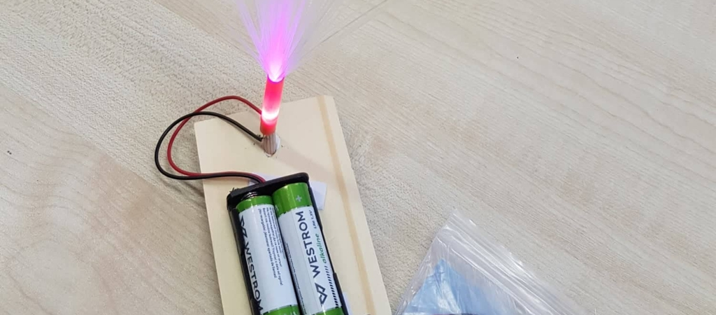 Naktinių šviestuvų gaminimas